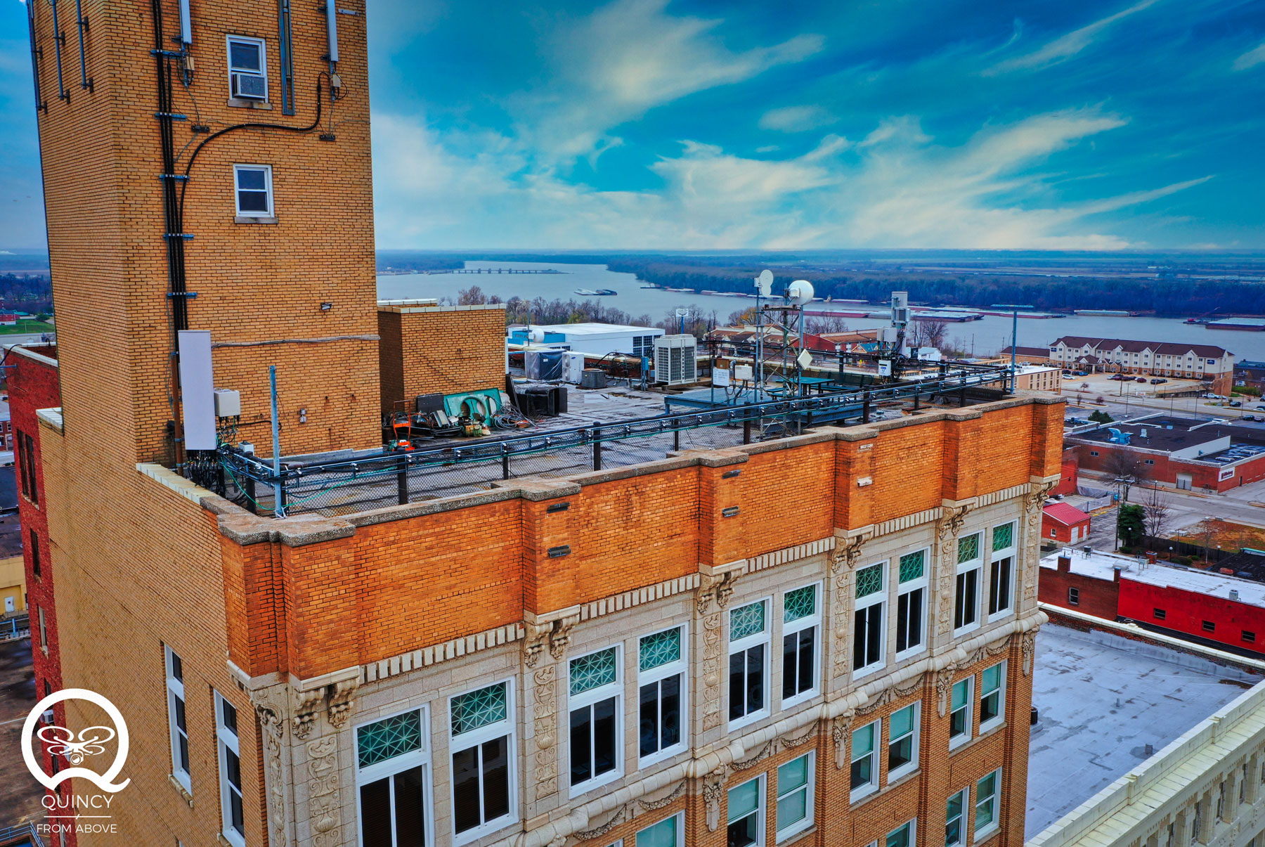 Quincy 1st (and Only) Skyscraper once featured a Rooftop Bar!